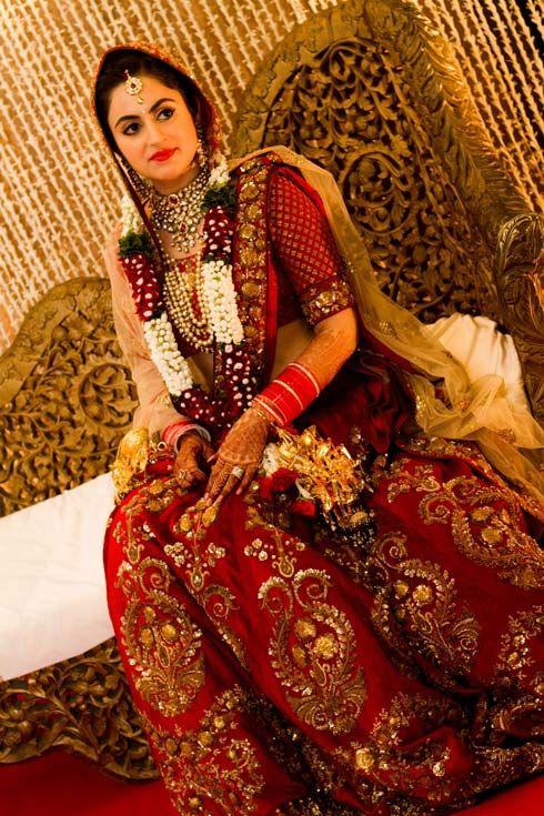 How to look slim in Indian Ethnic Wear | Women Attire dark colors